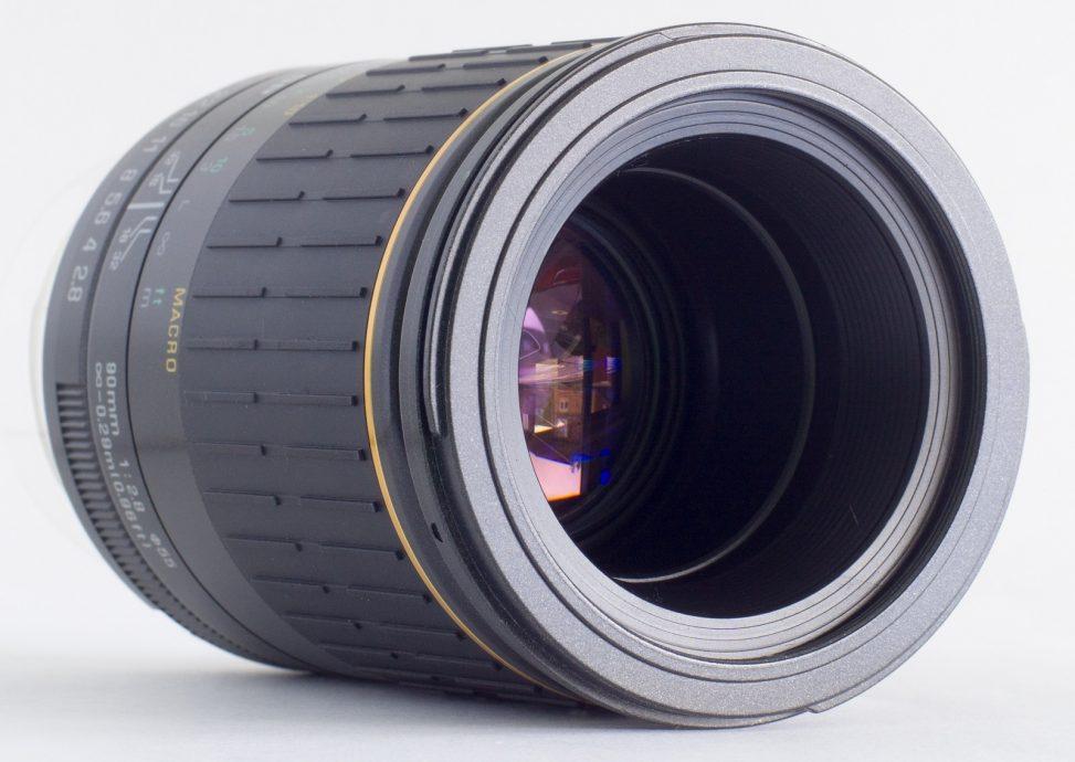 Tamron SP 90mm f2.8 Macro 72B